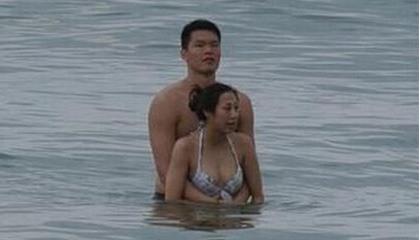 前男篮国手朱芳雨被曝出轨  未回应传闻图片